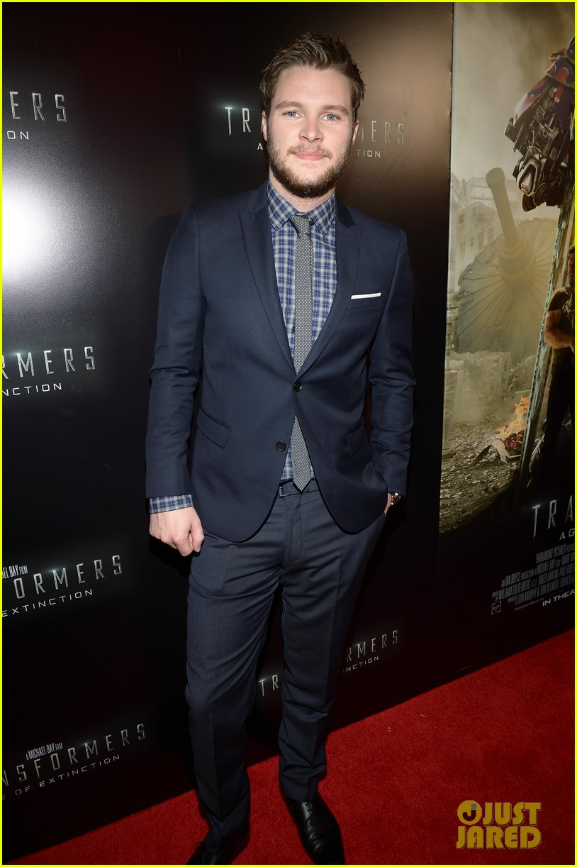 jack reynor brings his fiancee to transformers 4 miami screening 073144637