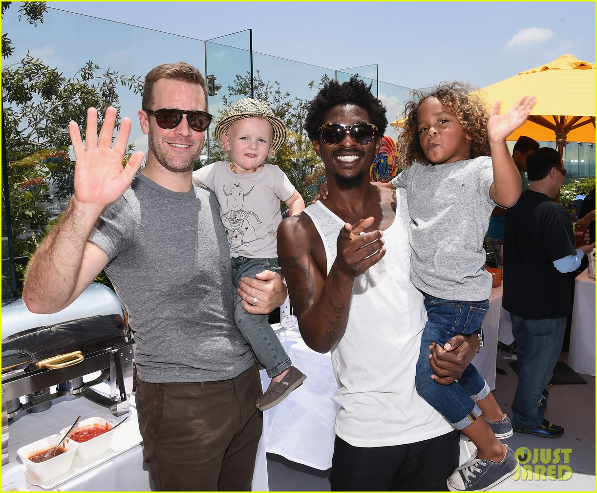 james van der beek is one hunky dad at fisher price toy launch 023143008