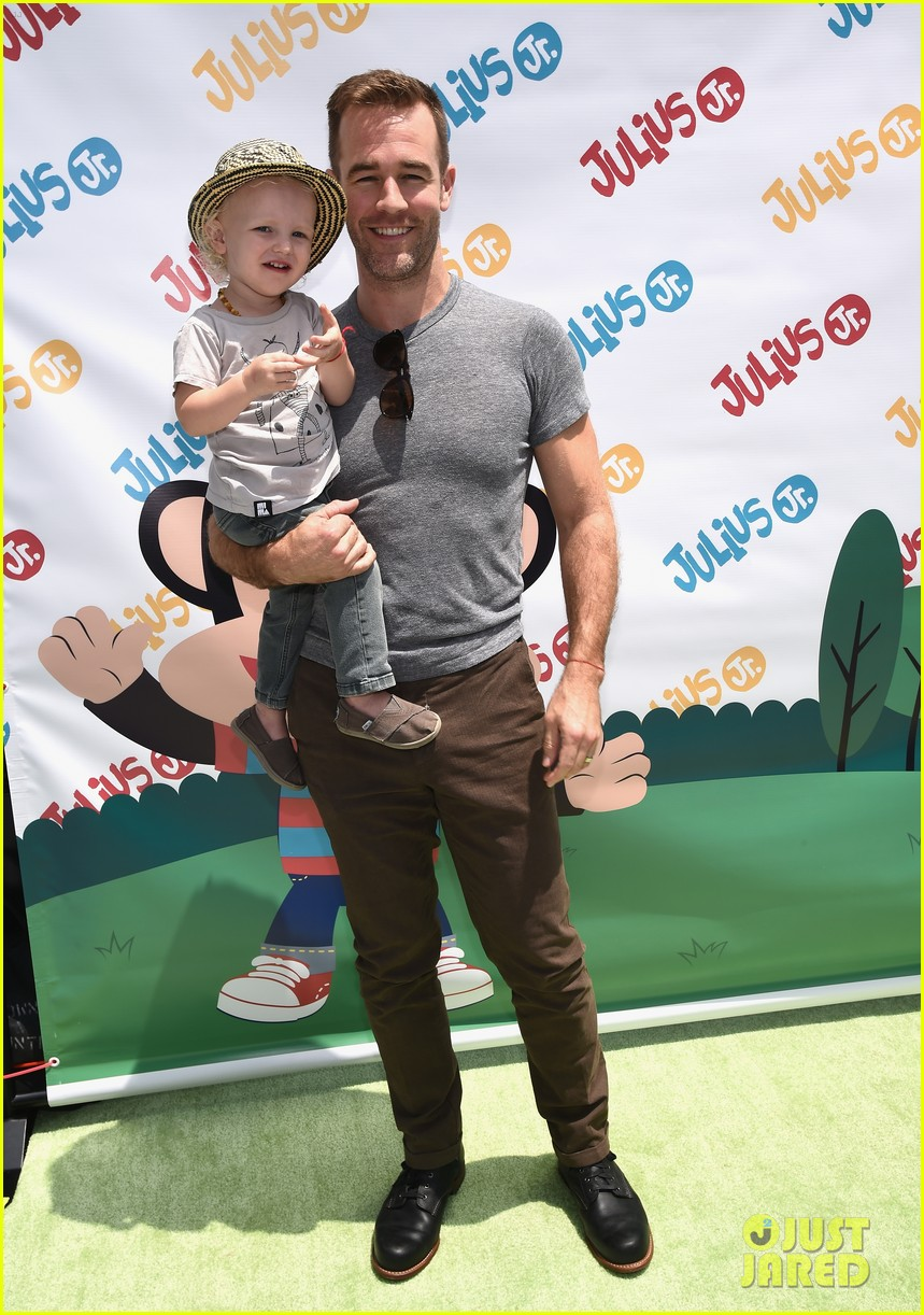james van der beek is one hunky dad at fisher price toy launch 053143011