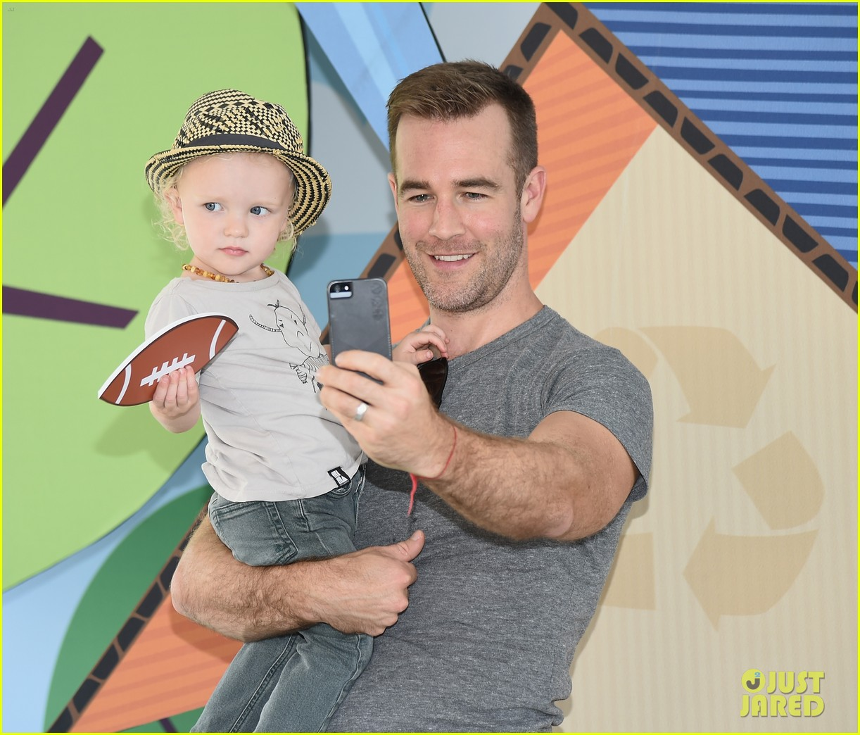 james van der beek is one hunky dad at fisher price toy launch 083143014