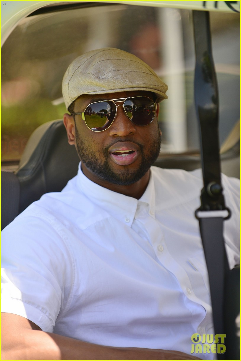 jamie fox dwyane wade celebrity golf tournament miami 043141119
