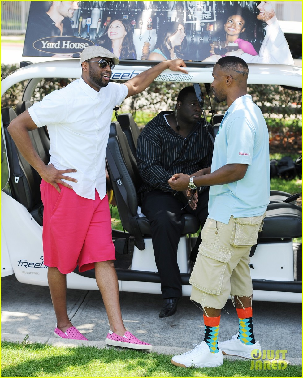 jamie fox dwyane wade celebrity golf tournament miami 053141120