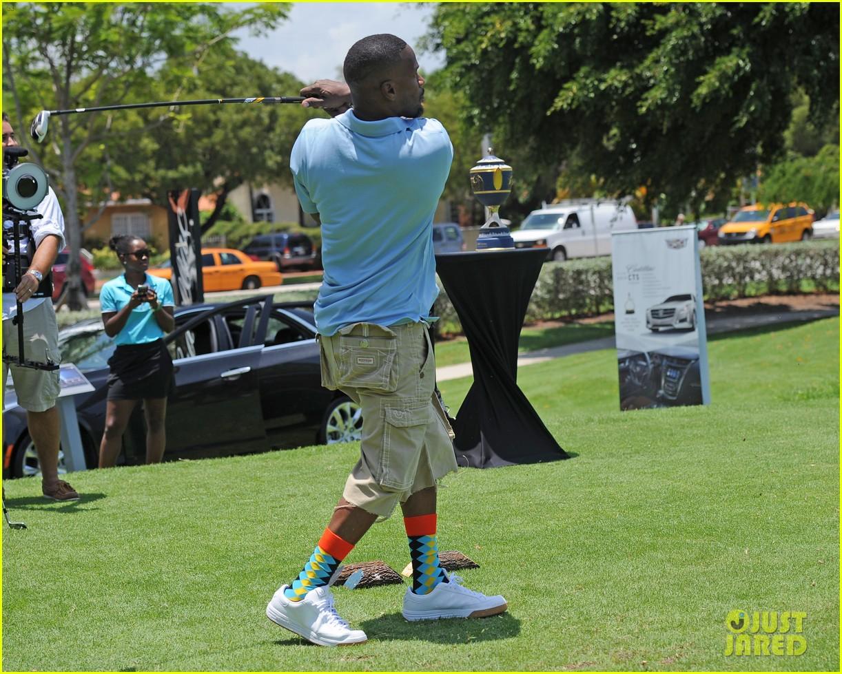 jamie fox dwyane wade celebrity golf tournament miami 093141124