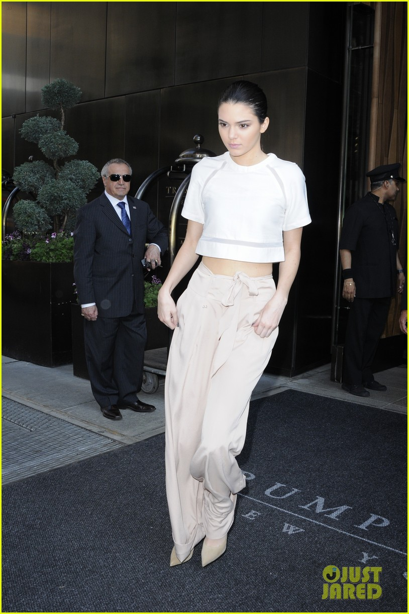 kendall kylie jenner hotel arrival exit nyc 033126691