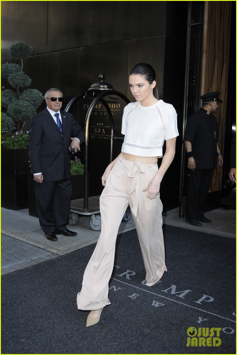 kendall kylie jenner hotel arrival exit nyc 103126698