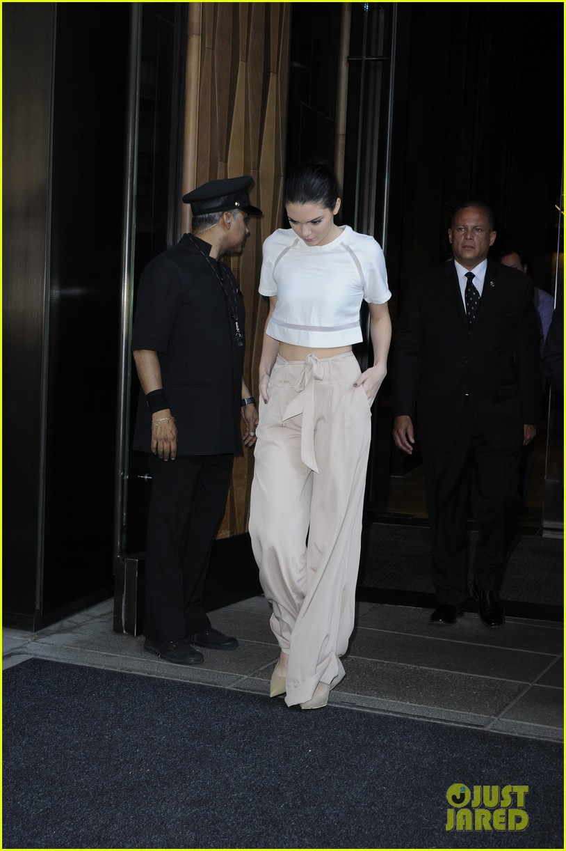 kendall kylie jenner hotel arrival exit nyc 123126700