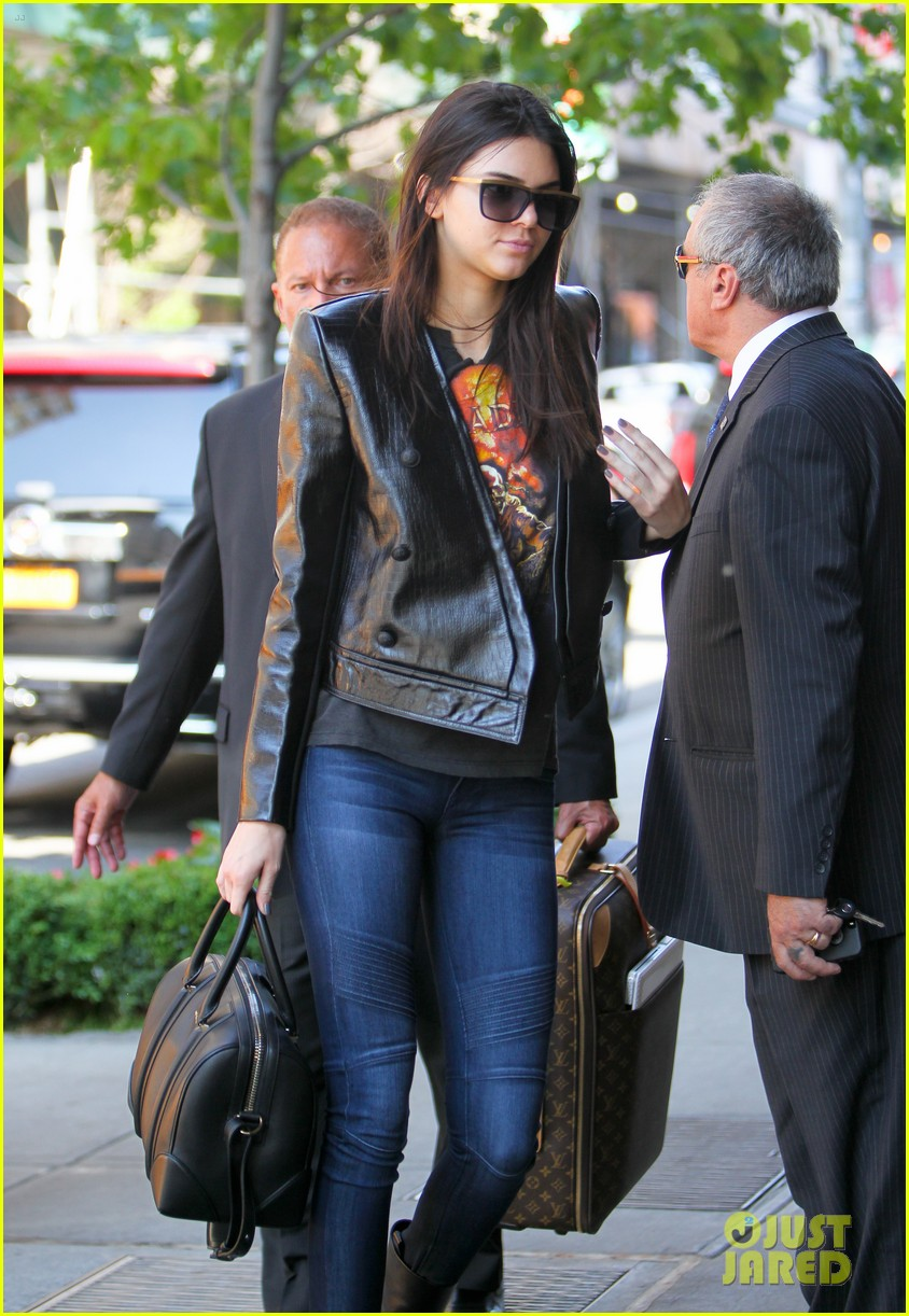 kendall kylie jenner hotel arrival exit nyc 143126702