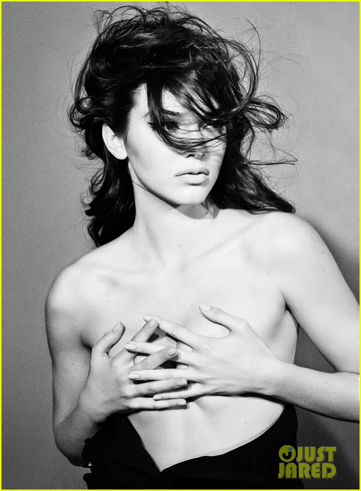 kendall jenner covers up her bare breasts in topless interview feature 023128028
