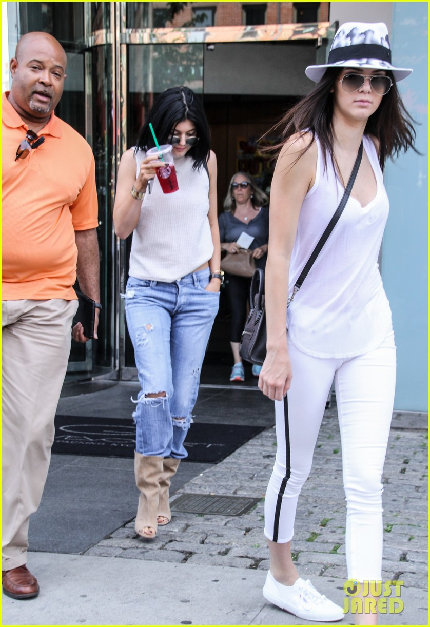 kylie kendall jenner meat packing district book 023145522