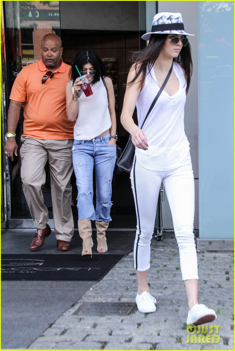 kylie kendall jenner meat packing district book 043145524