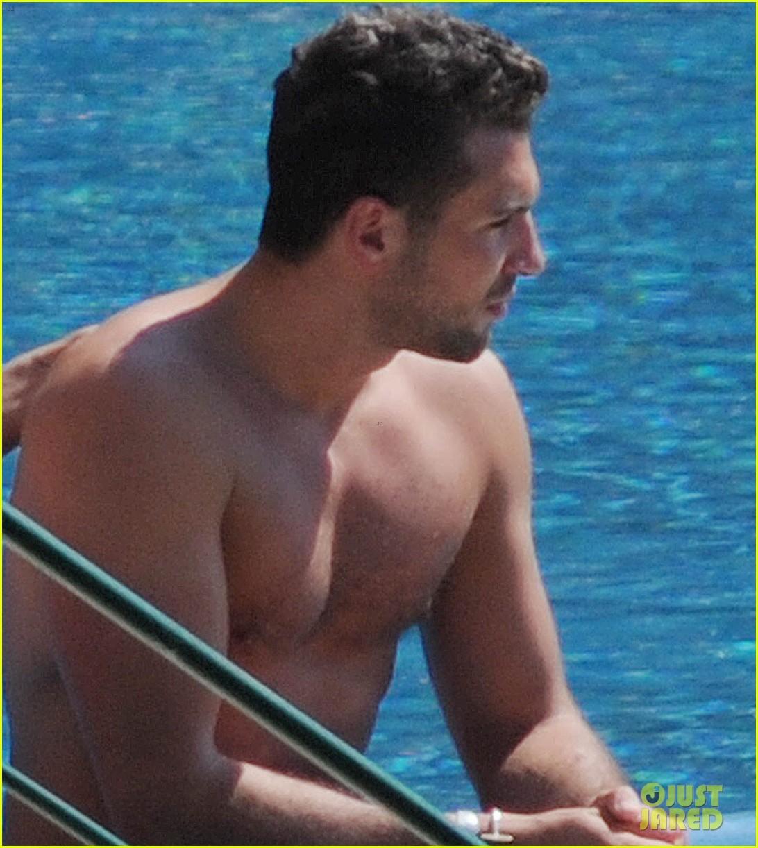 jessica szohr tommy chiabra pool italy 043138482