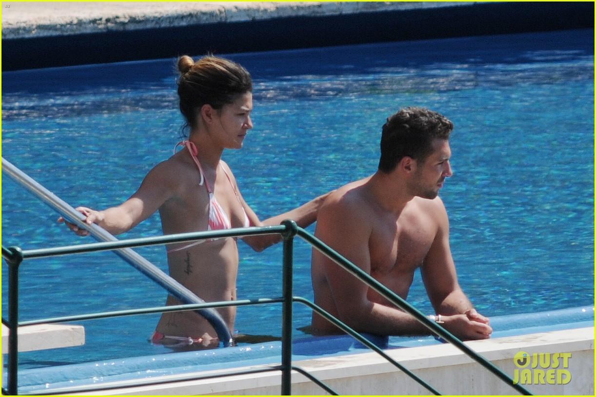 jessica szohr tommy chiabra pool italy 05
