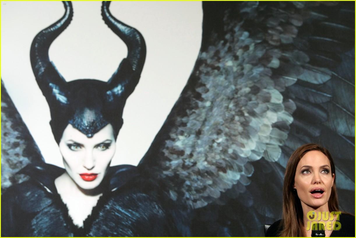 angelina jolie brings maleficent to china 203127259