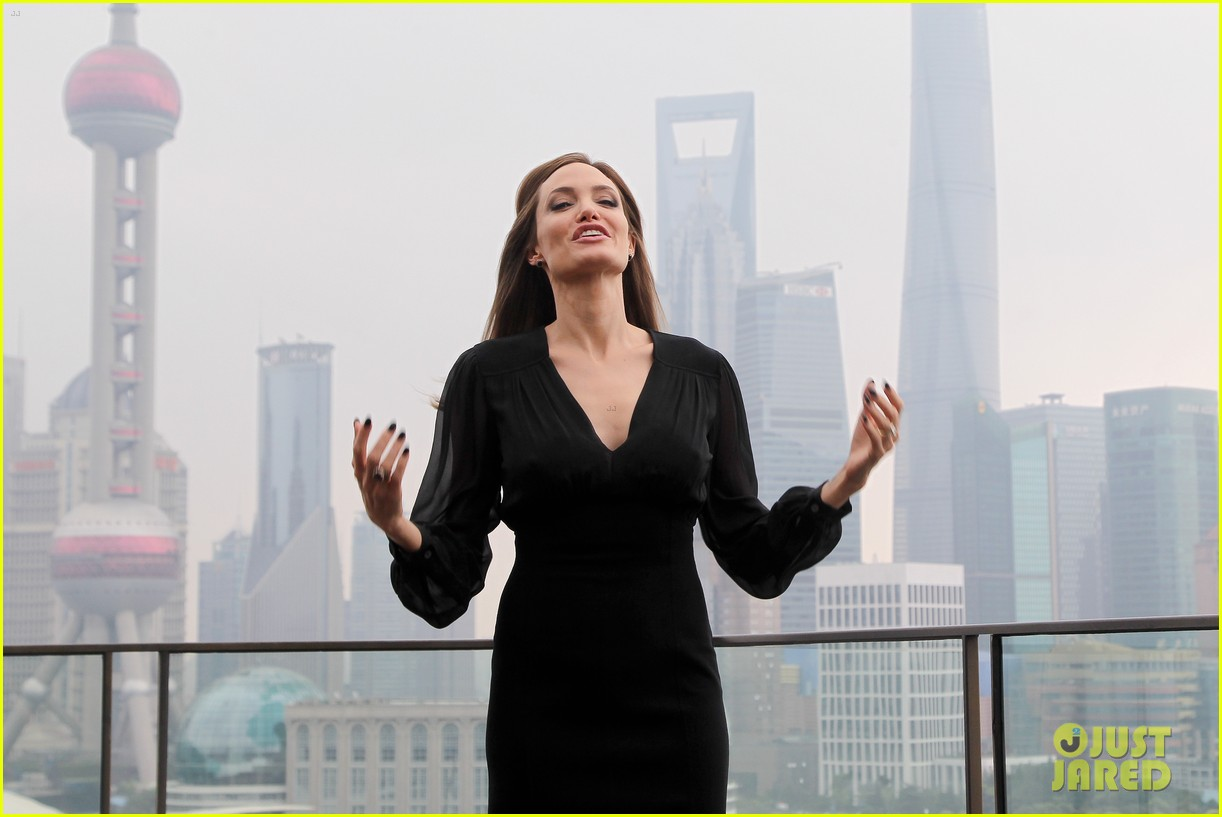 angelina jolie brings maleficent to china 273127266