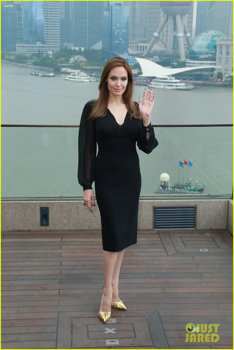 angelina jolie brings maleficent to china 373127276