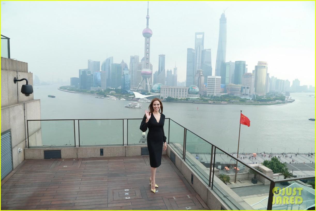 angelina jolie brings maleficent to china 393127278
