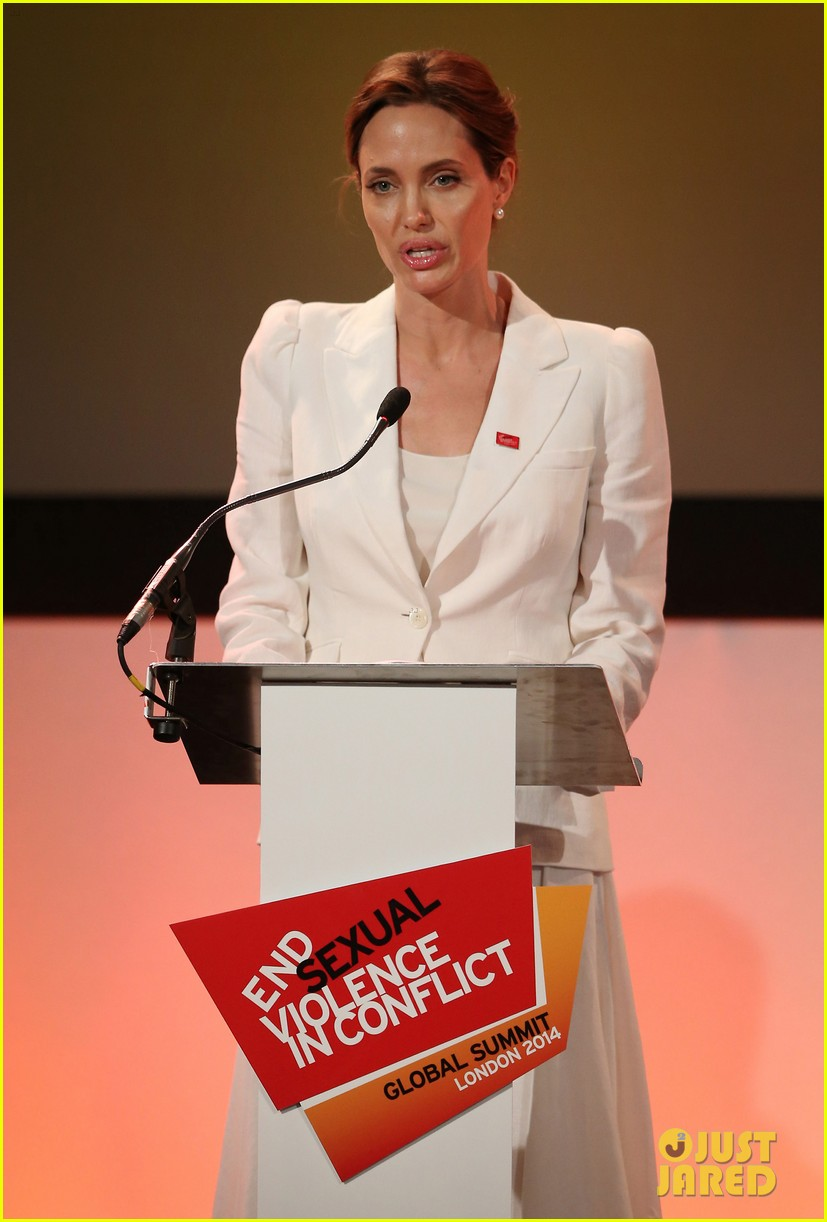 angelina jolie calls for an end to sexual violence 02
