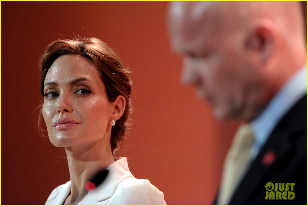 angelina jolie calls for an end to sexual violence 153132250