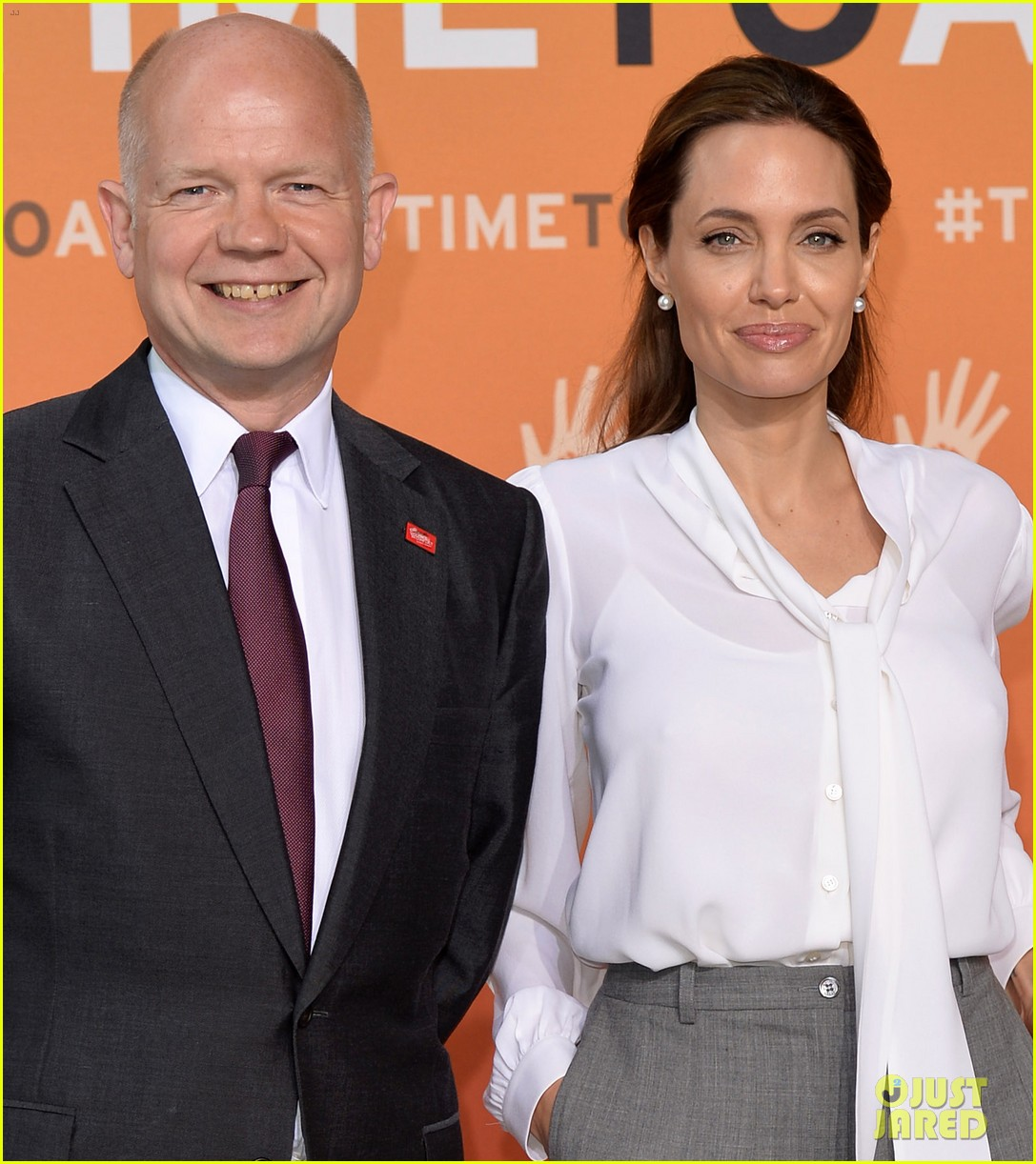 angelina jolie joins foreign secretary william hague for day two of global summit 103133021