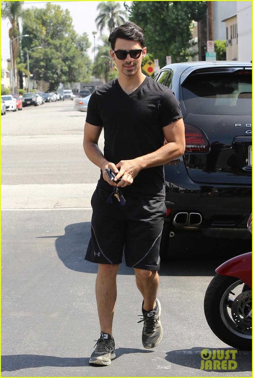 joe jonas split happy for each other 033132786