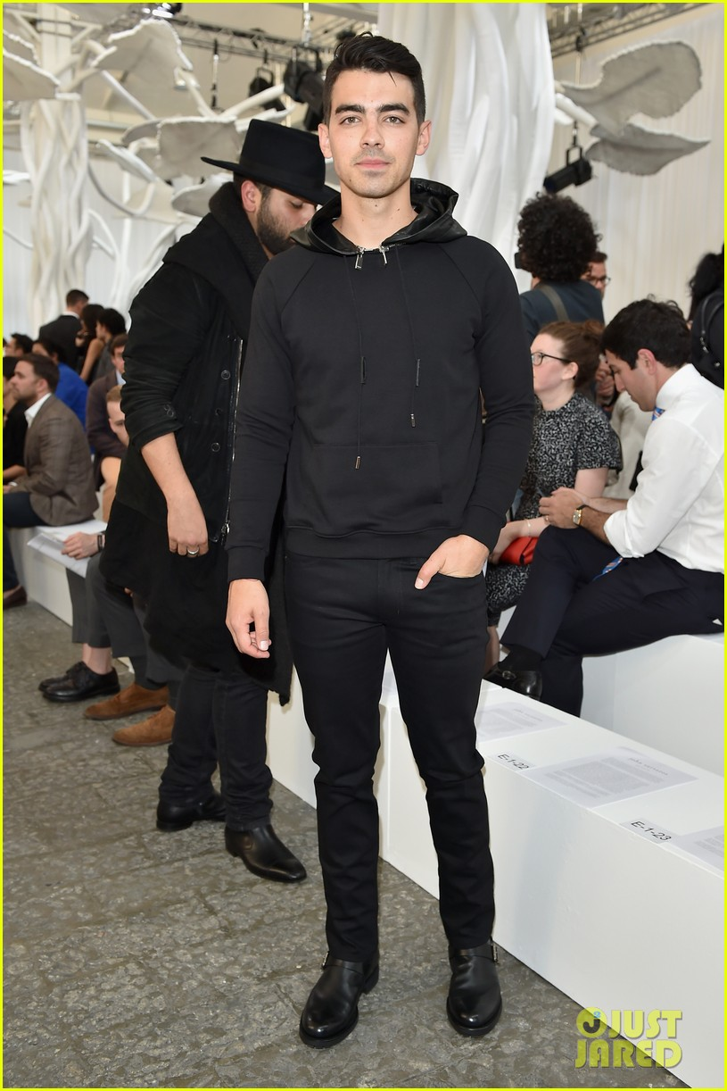 joe jonas milan fashion week 013140675