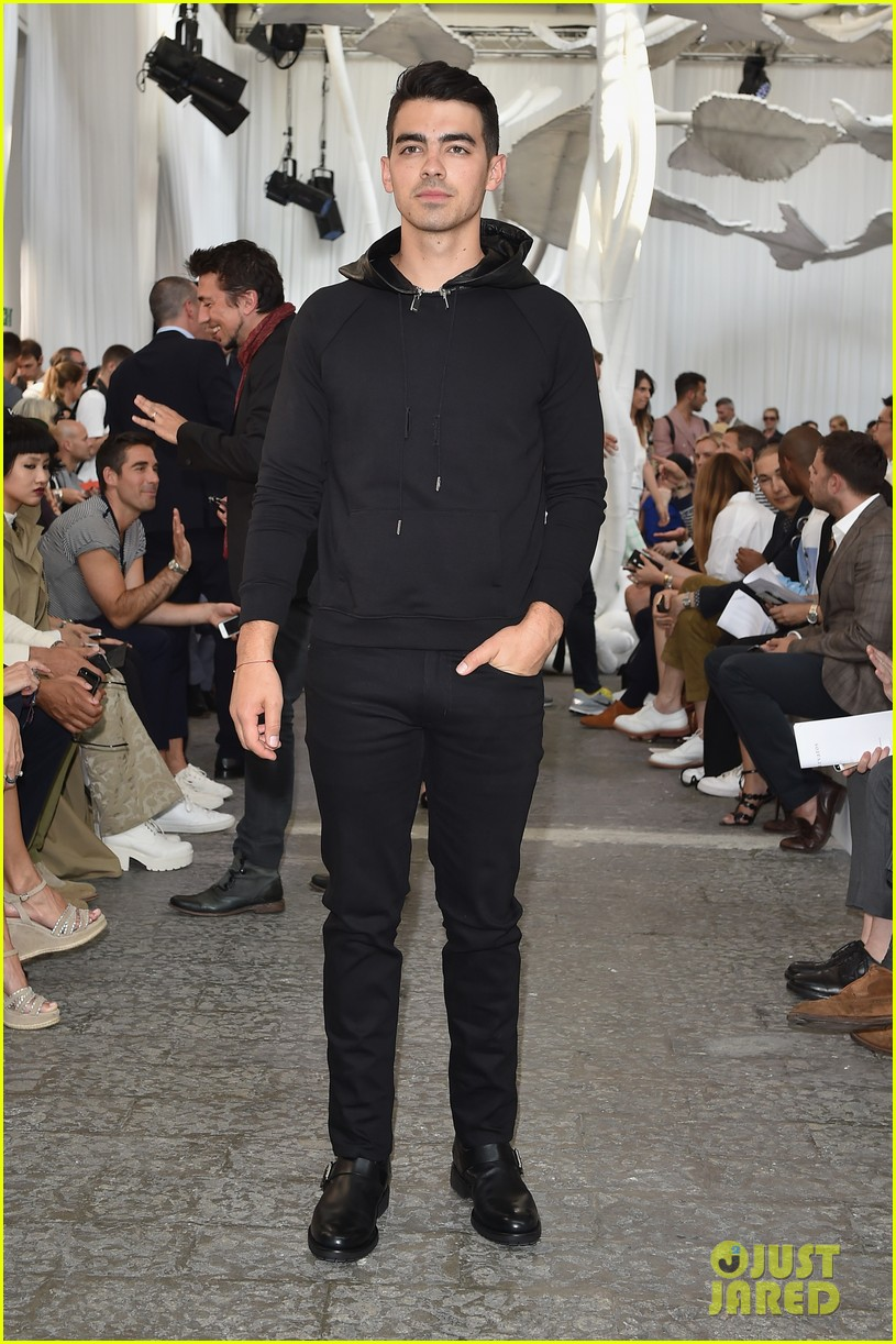 joe jonas milan fashion week 063140680
