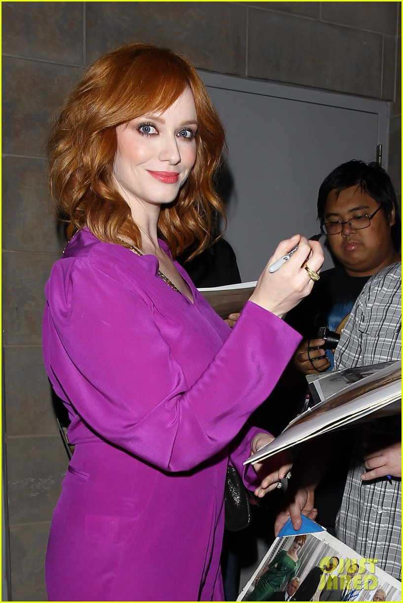 january jones christina hendricks join cast of mad men at deadline screening 133128015