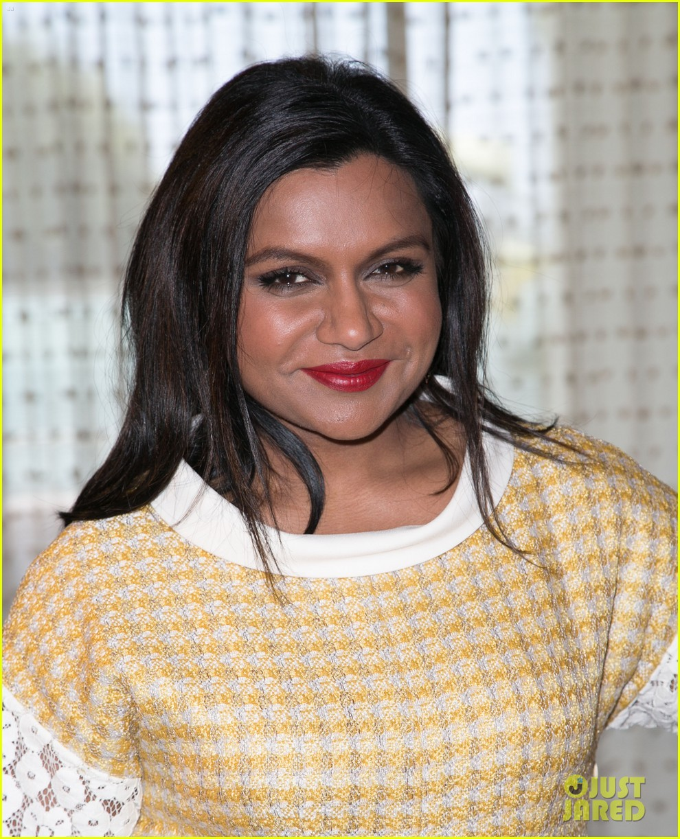 mindy kaling mindy project season three opener so many fun twists 103134635