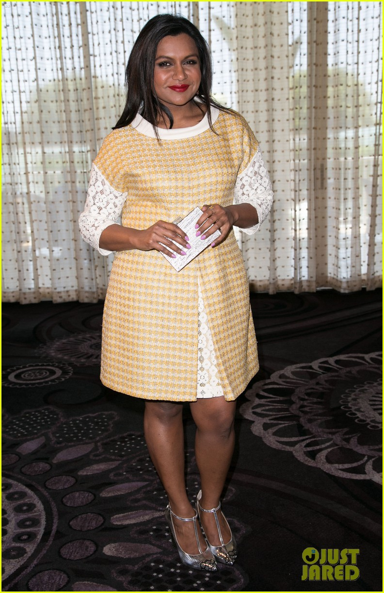 mindy kaling mindy project season three opener so many fun twists 113134636