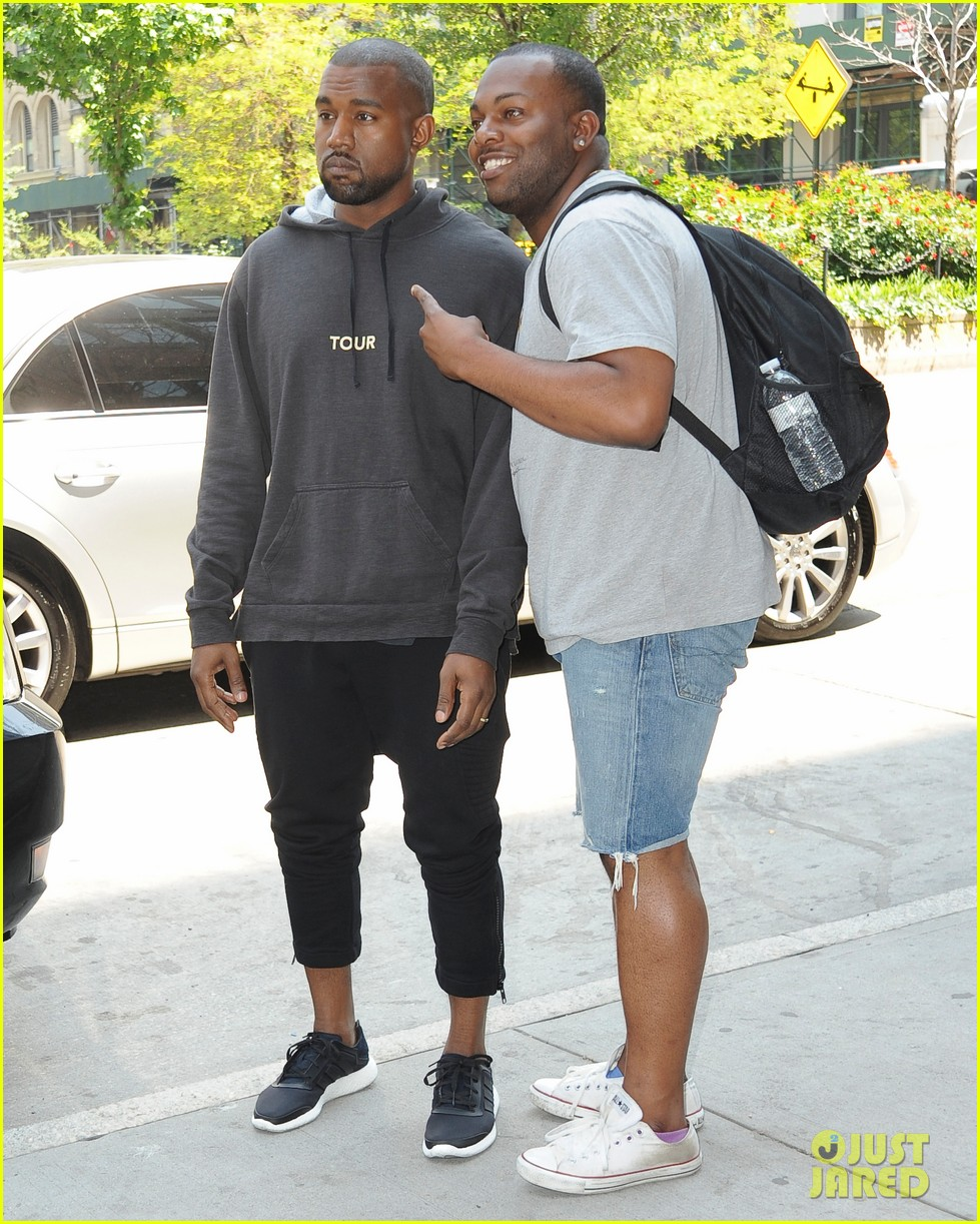 kanye west spotted in new york city after romantic honeymoon 013127460