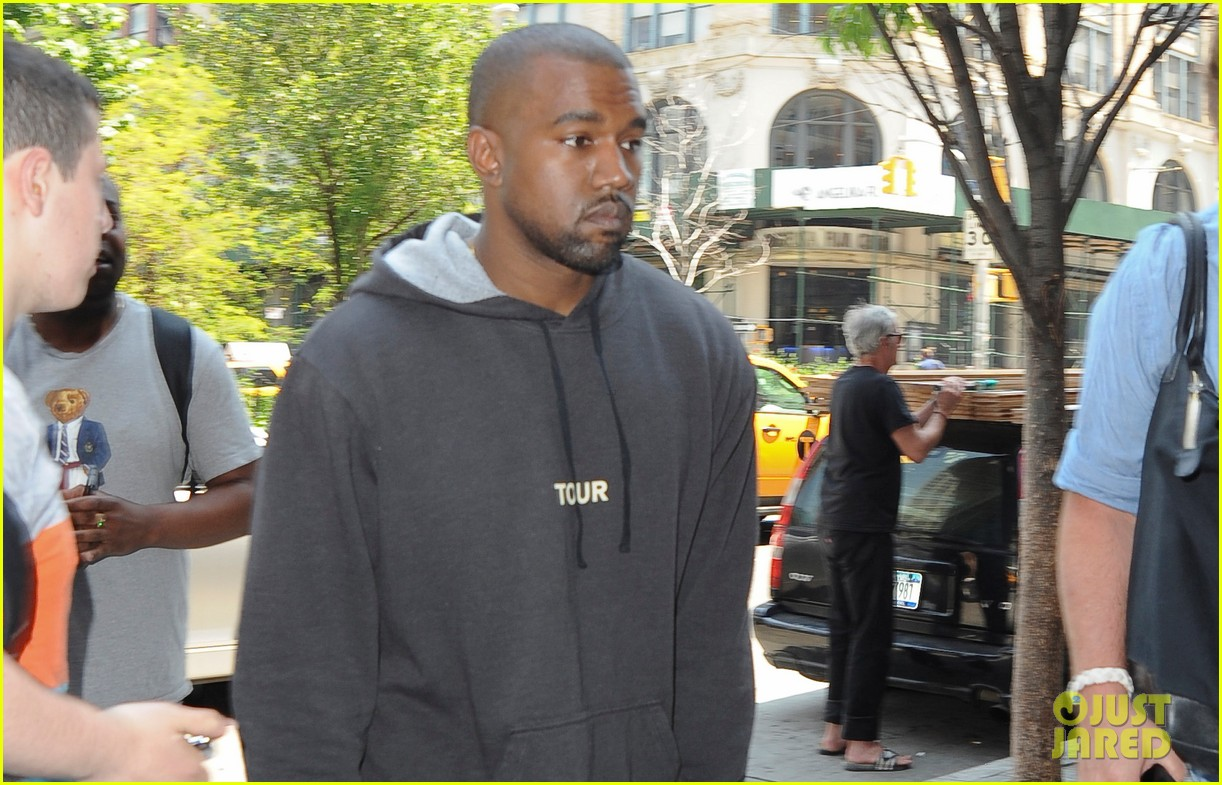 kanye west spotted in new york city after romantic honeymoon 023127461