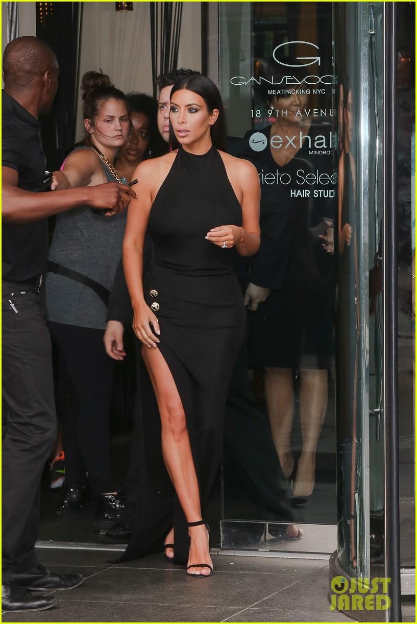khloe kardashian celebrates 30th birthday 103144396