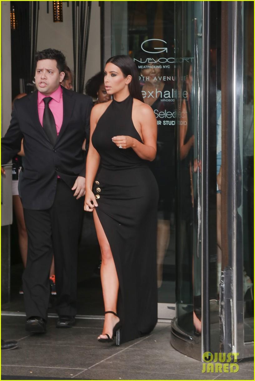 khloe kardashian celebrates 30th birthday 253144411