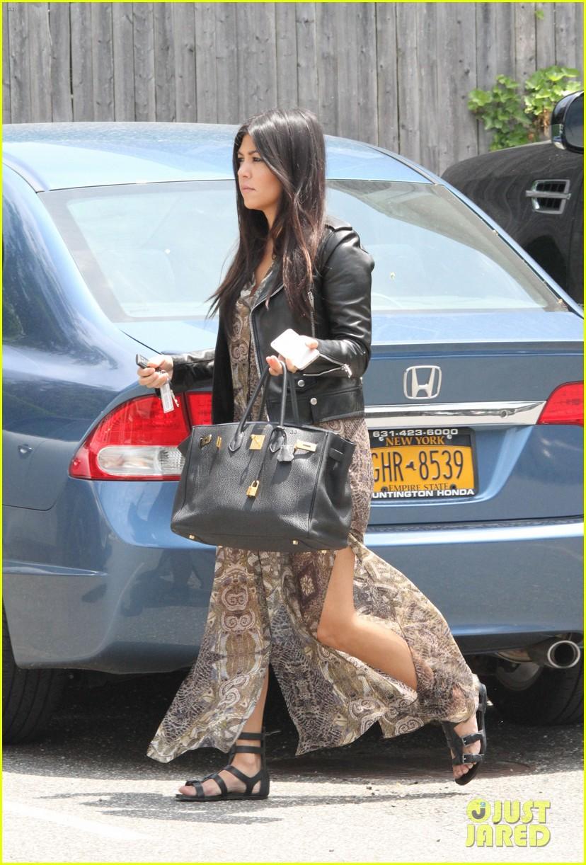 khloe kardashian scott disick continue to bond without kourtney 013134163