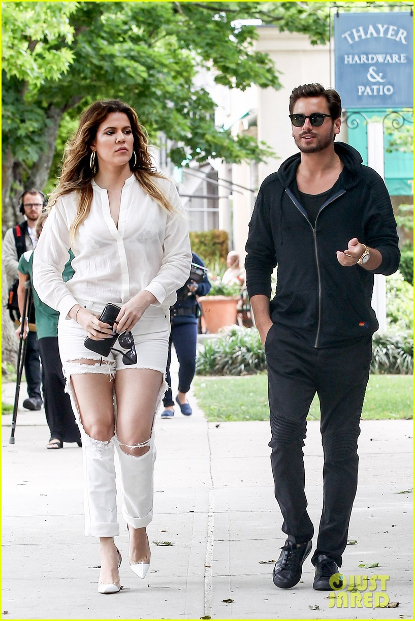 khloe kardashian scott disick continue to bond without kourtney 063134168