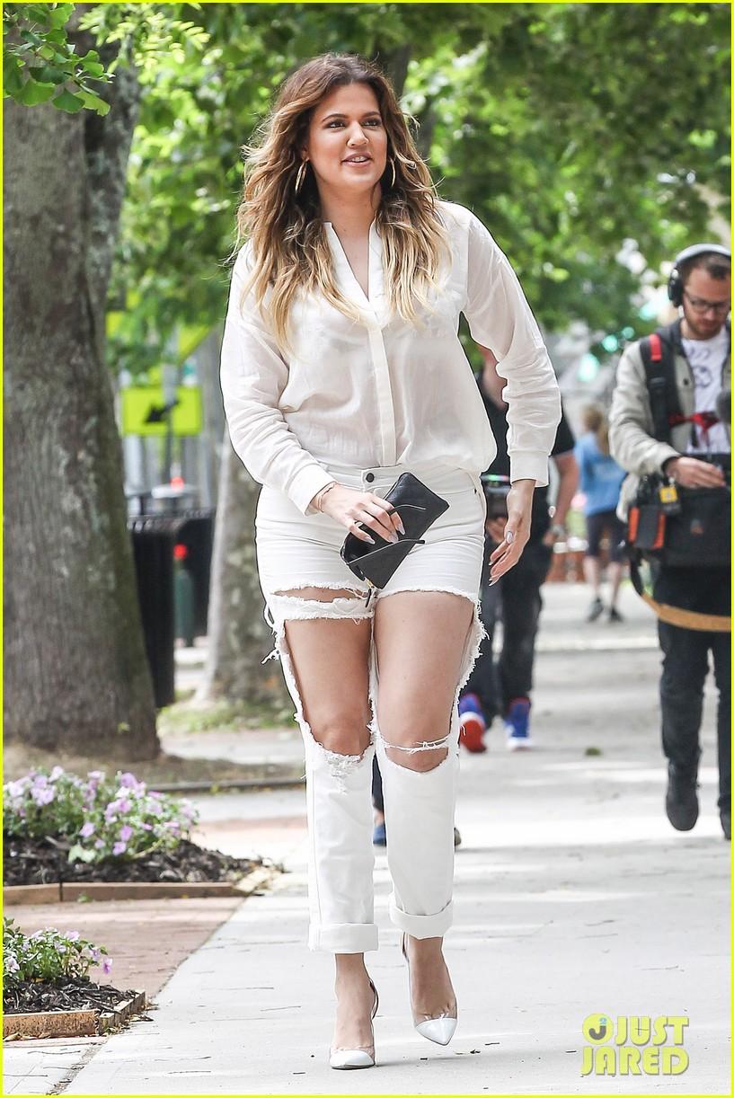 khloe kardashian scott disick continue to bond without kourtney 093134171