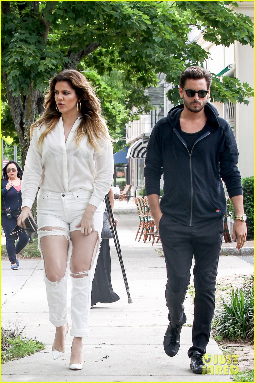 khloe kardashian scott disick continue to bond without kourtney 123134174