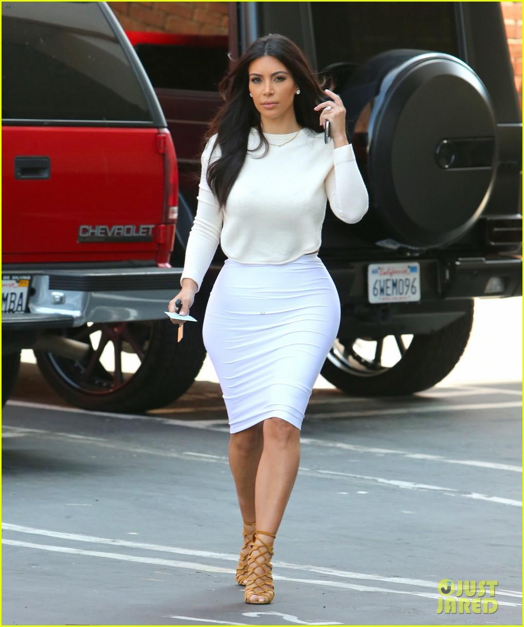 kim kardashian wants to end boycott of beverly hills hotel 013141894