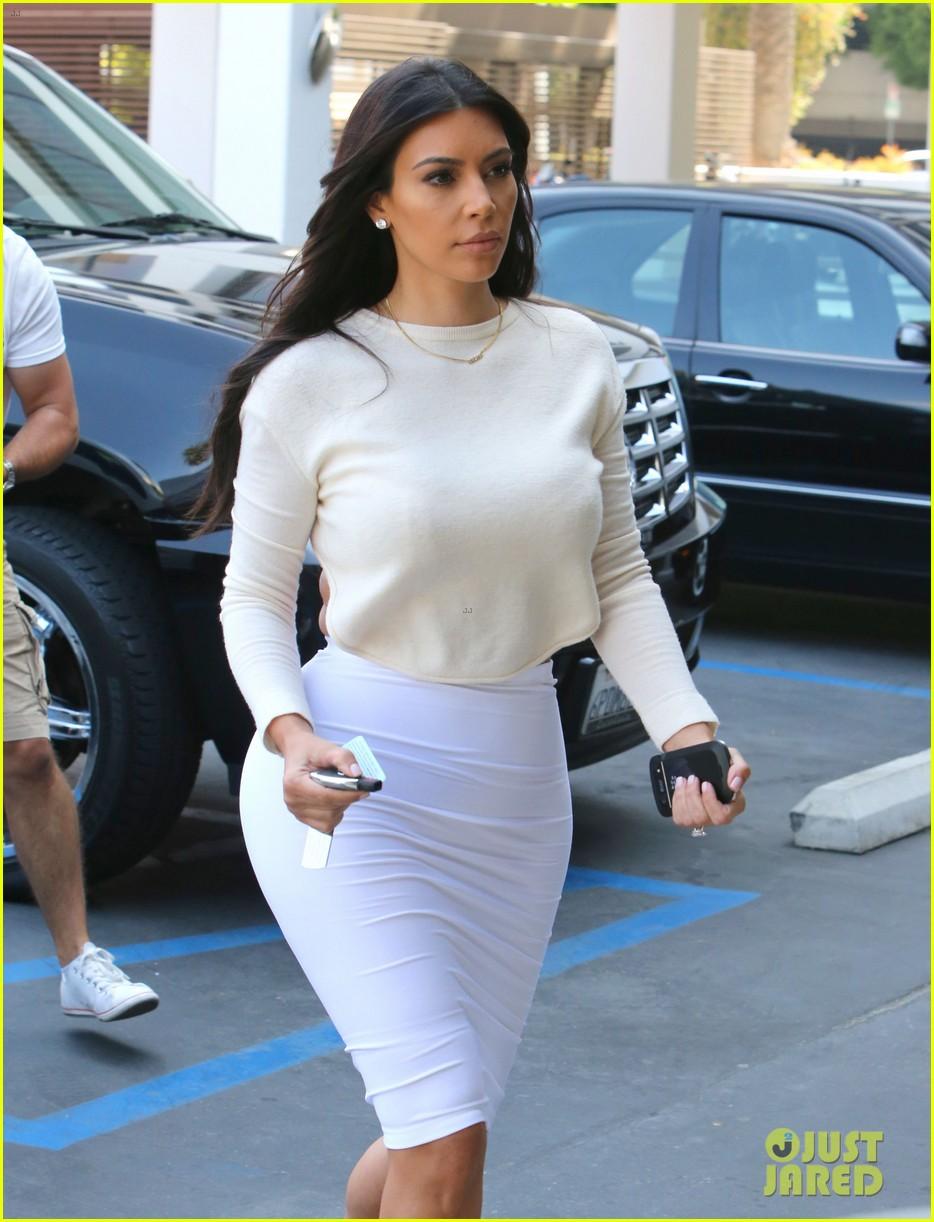 kim kardashian wants to end boycott of beverly hills hotel 02