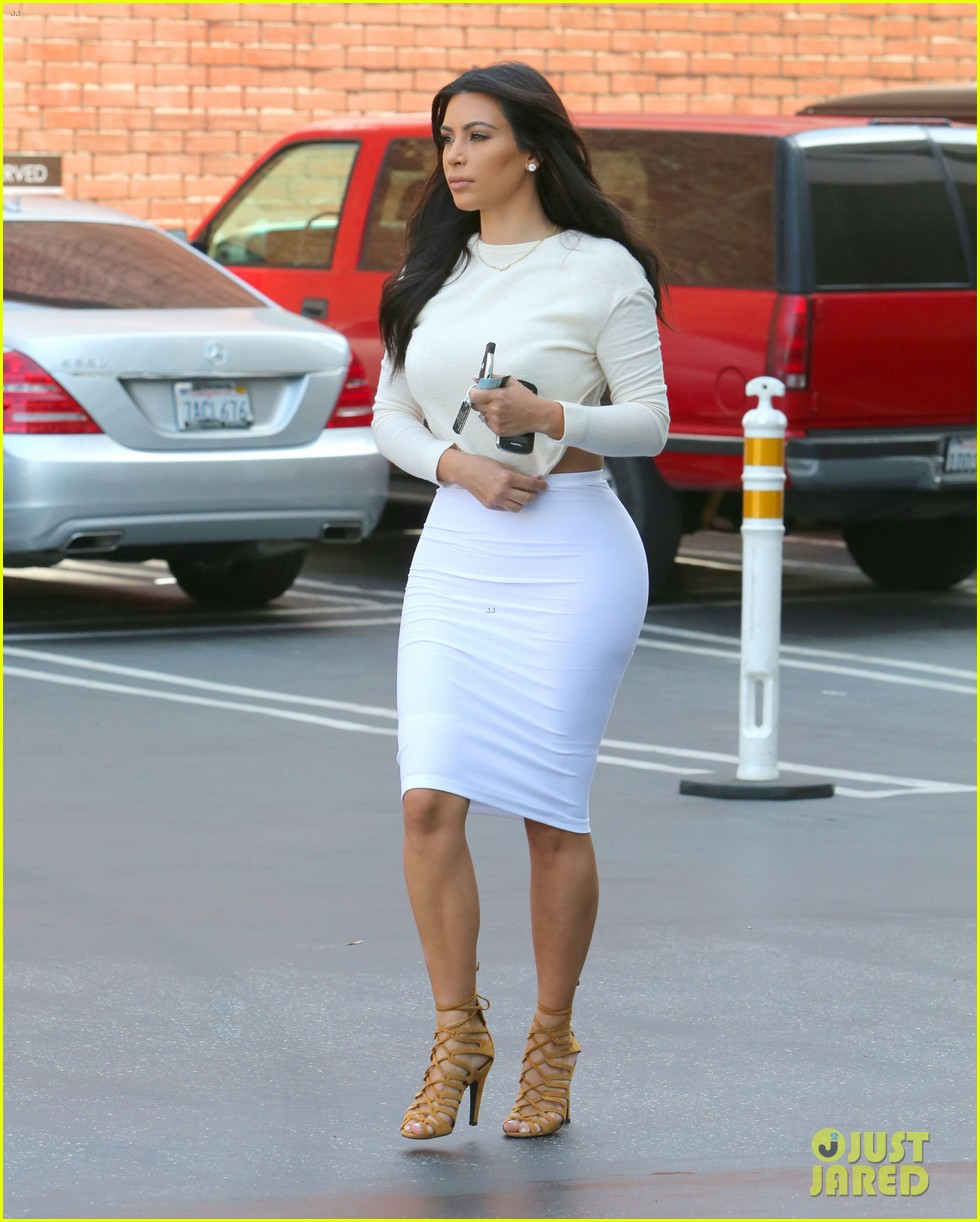 kim kardashian wants to end boycott of beverly hills hotel 05