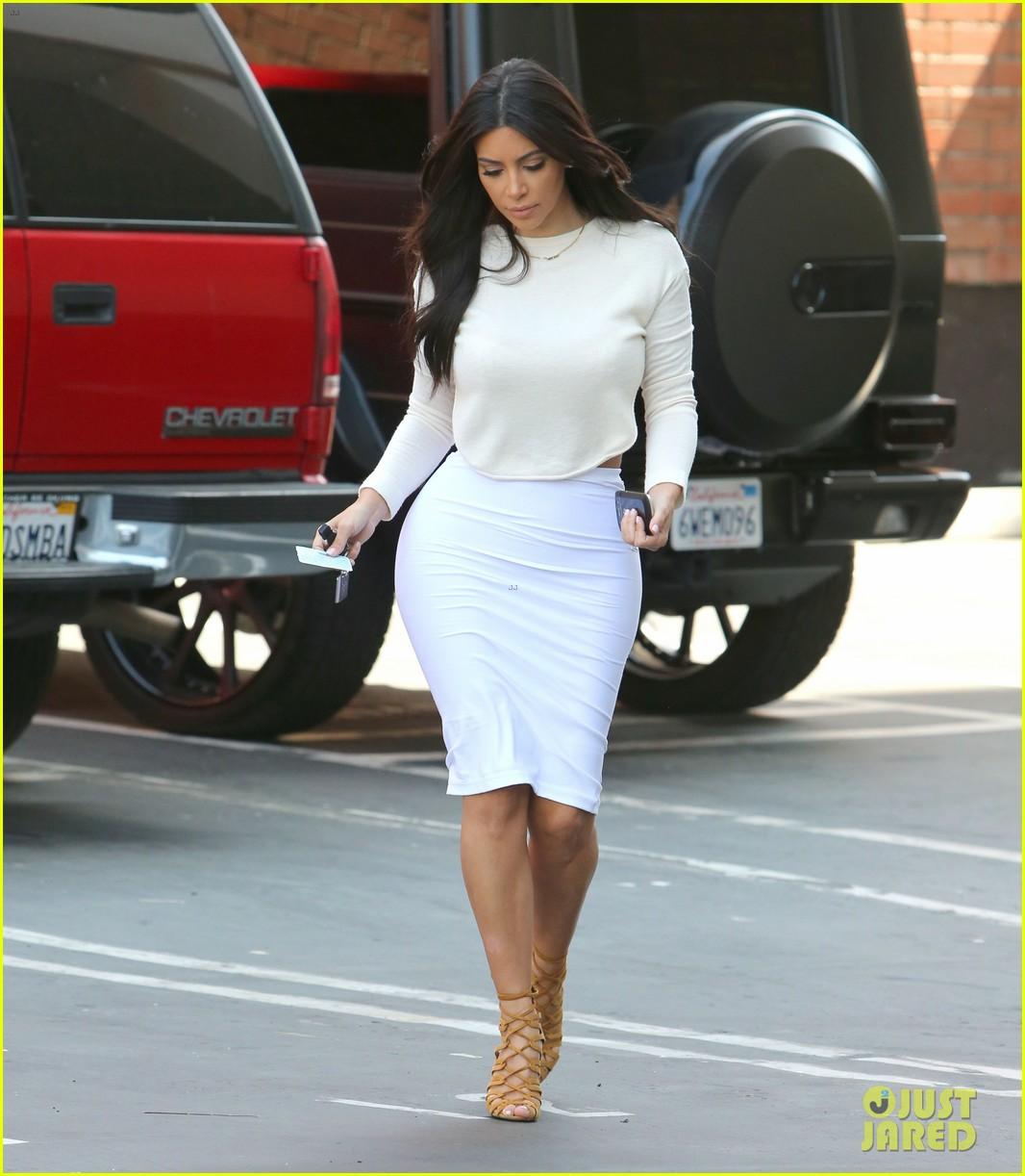 kim kardashian wants to end boycott of beverly hills hotel 073141900