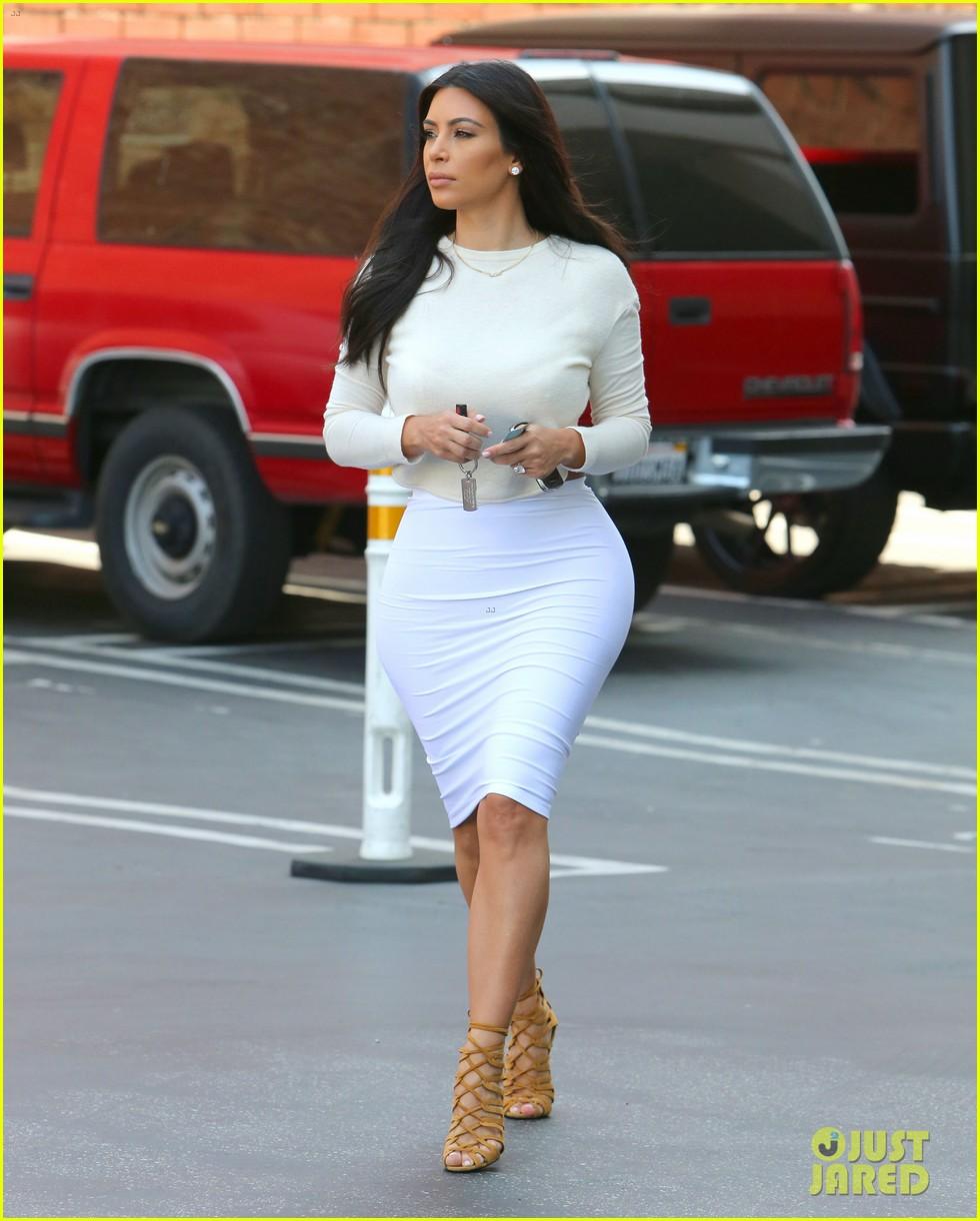 kim kardashian wants to end boycott of beverly hills hotel 103141903