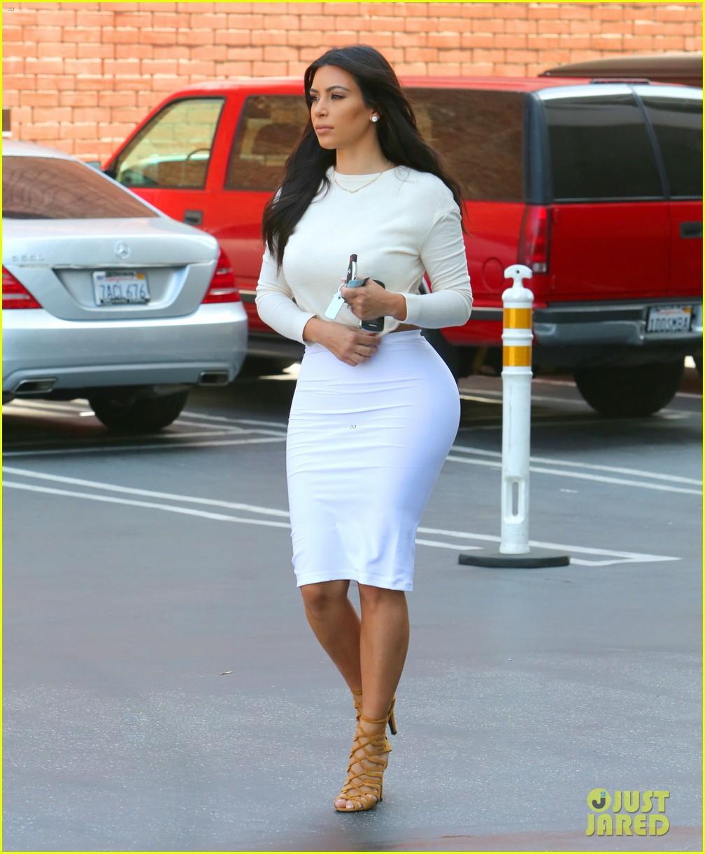 kim kardashian wants to end boycott of beverly hills hotel 113141904