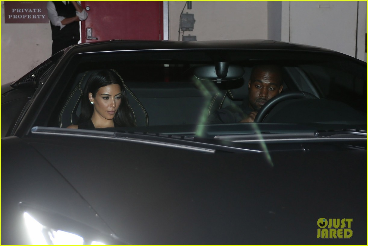 kim kardashian kanye west step out for dinner at craigs 083141679