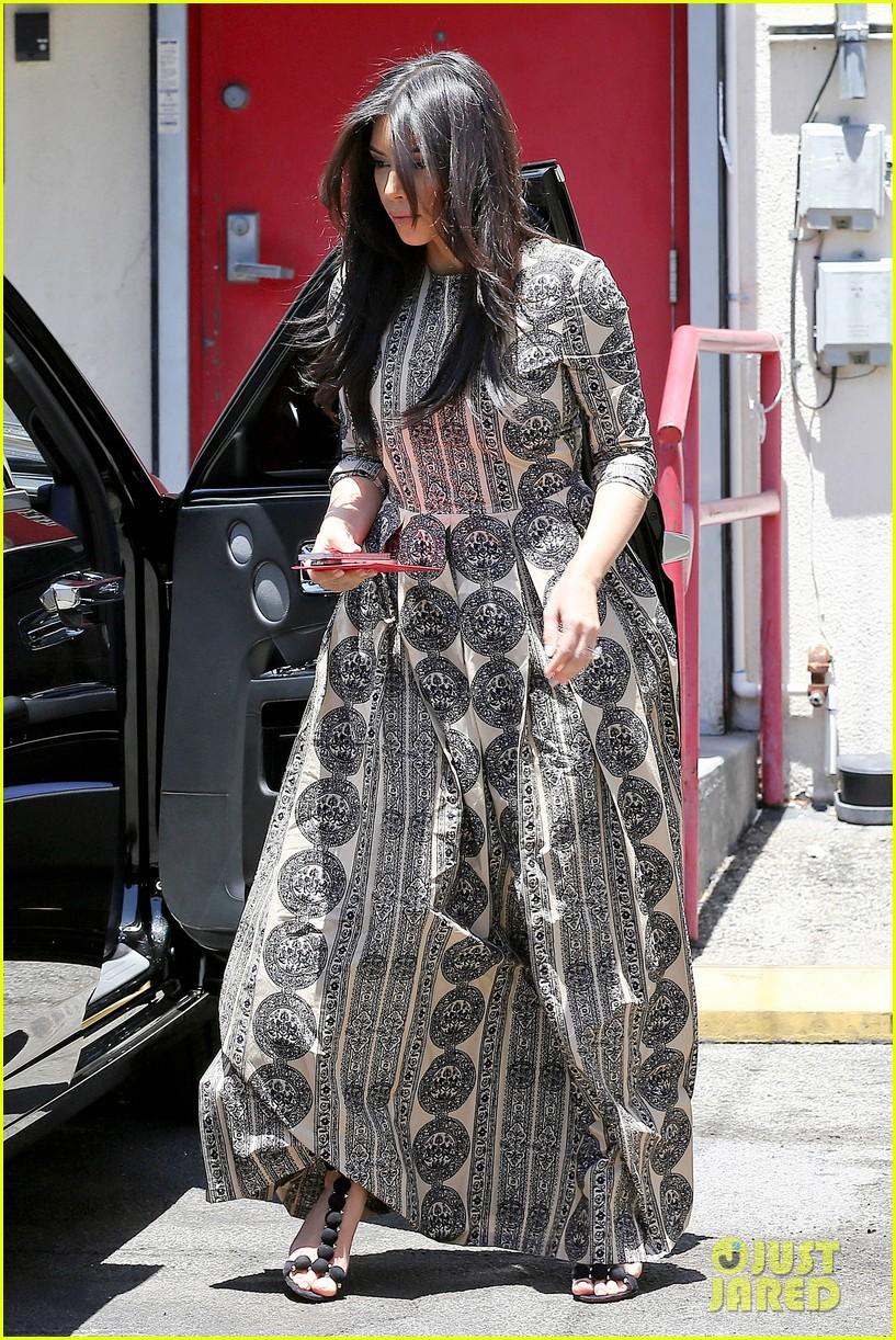 kim kardashian legendary paris trip 043127486