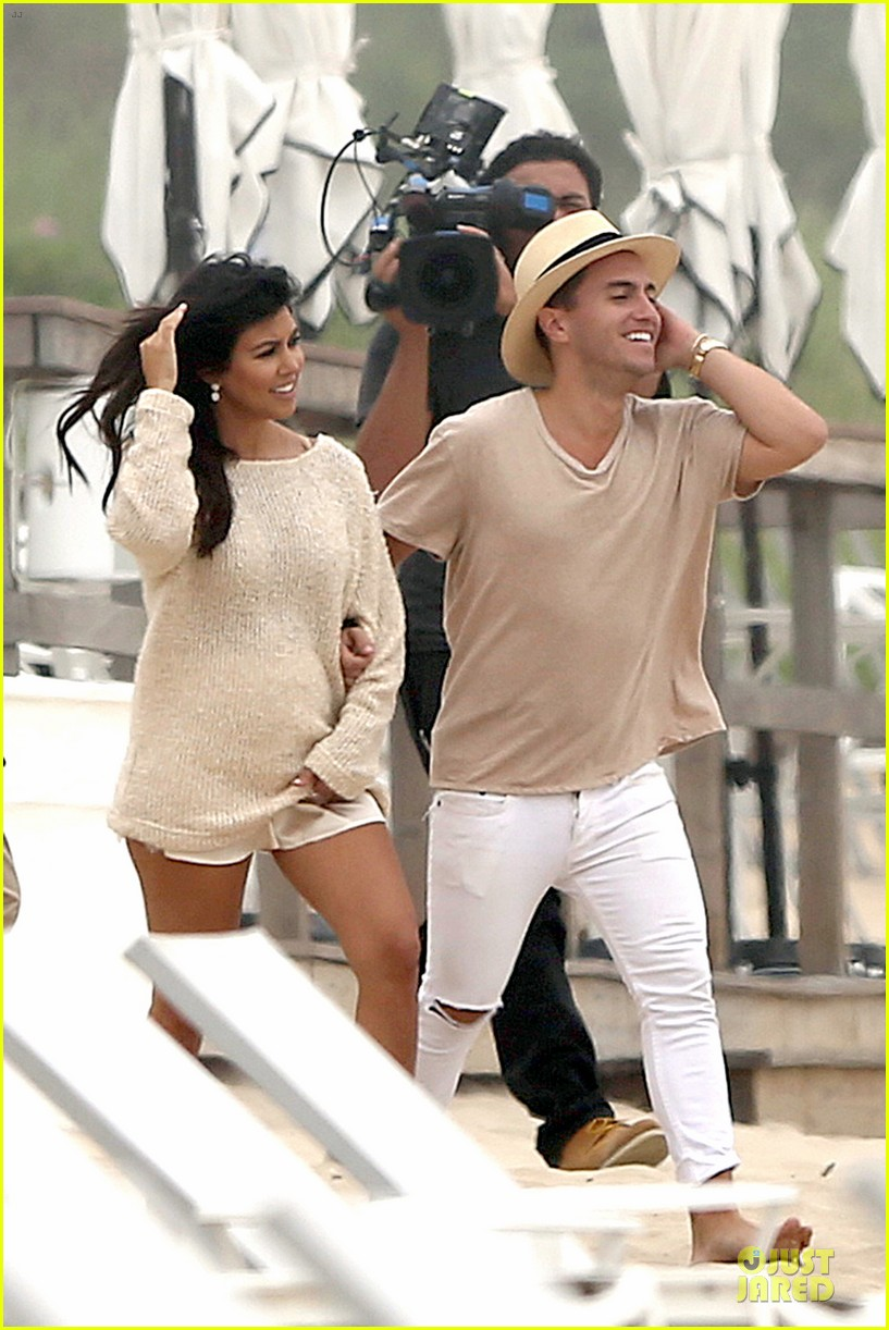 kim kardashian shops for north kourtney beach photoshoot 06