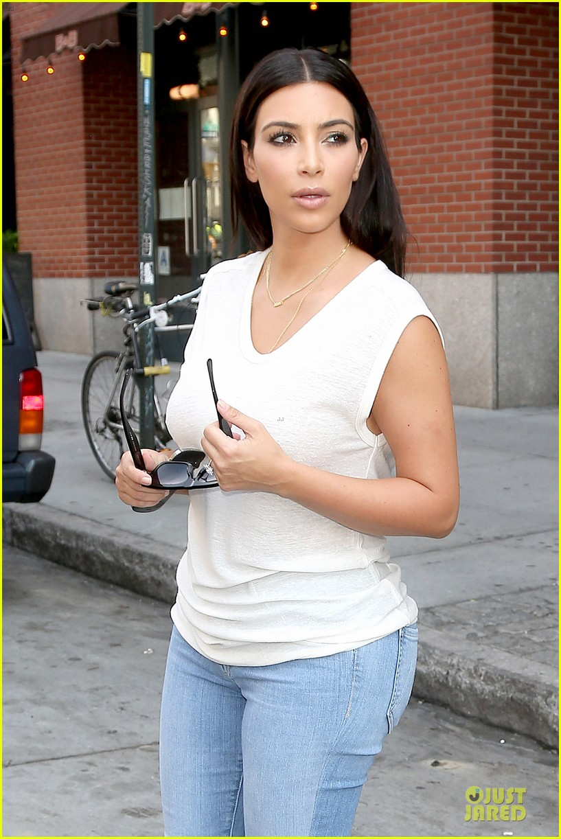 kim kardashian shops for north kourtney beach photoshoot 193137652