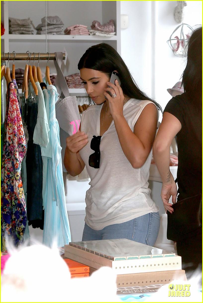 kim kardashian shops for north kourtney beach photoshoot 273137660