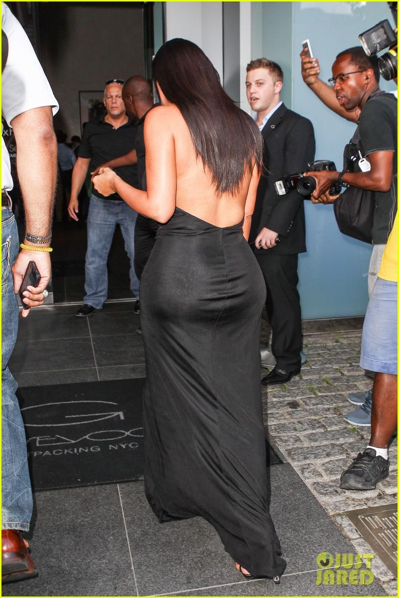 kim kardashian shows off legs for days sexy slit dress 053144302