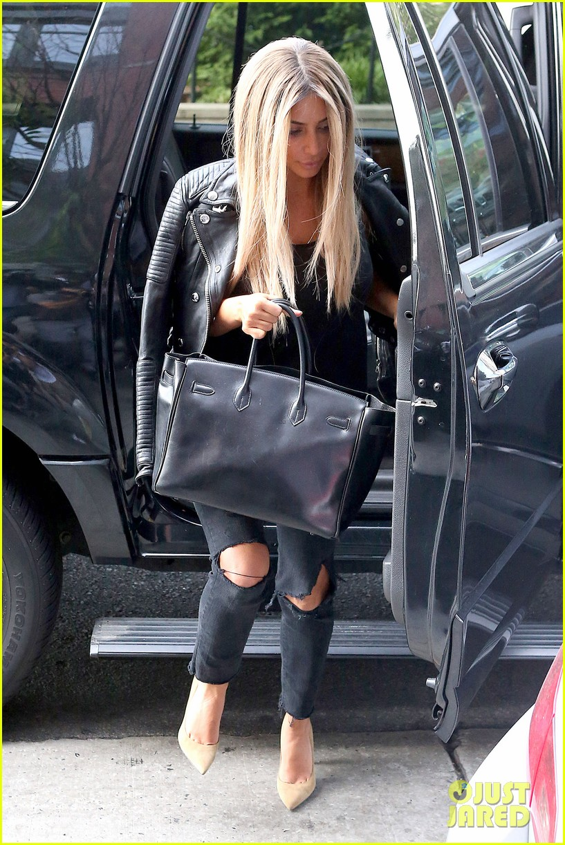 kim kardashian steps out with new blonde hair 153143334
